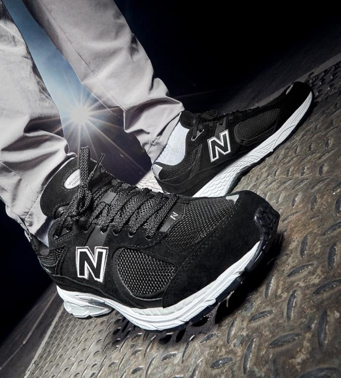 New Balance 2002R negras de hombre